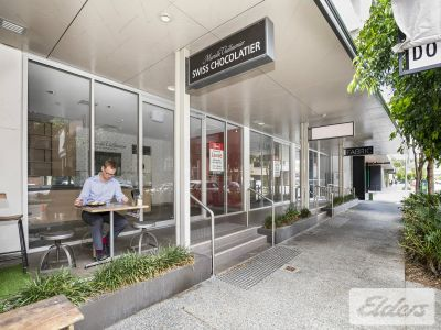 MODERN RETAIL/SHOWROOM OPPORTUNITY - PRIME NEWSTEAD LOCATION!