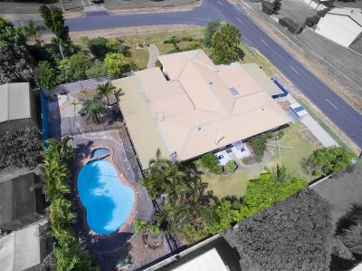 1199m2 BLOCK, LOVELY BRICK HOME, POOL + SPA....A MUST SEE PROPERTY!