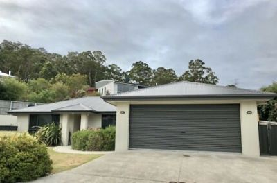Beautiful 3 bedroom home with stunning views
