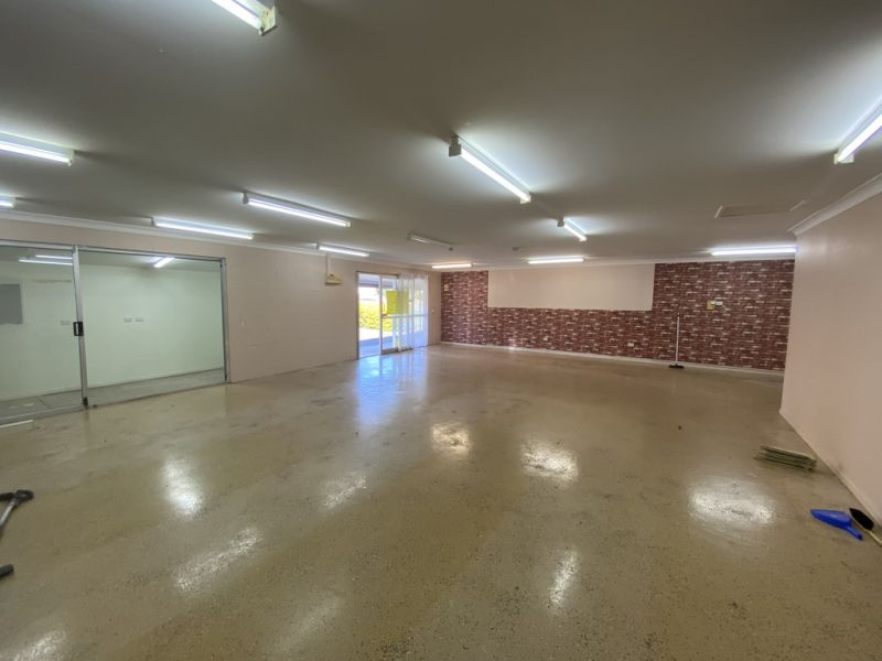 AFFORDABLE SHOWROOM/RETAIL/OFFICE SPACE WITH REAR ACCESS IN BEERWAH