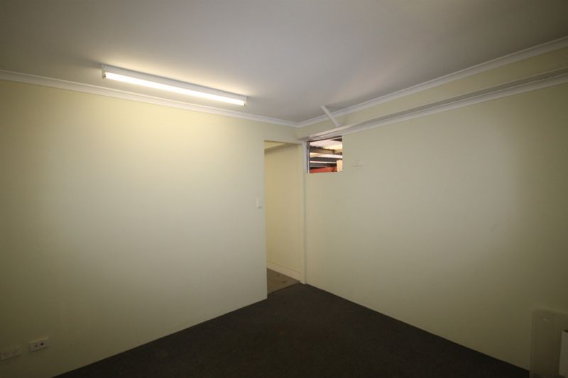 VERONICA STREET UNIT FOR LEASE