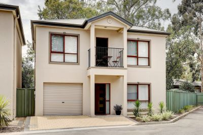 Stylish & Executive Townhouse In Tranquil Surrounds