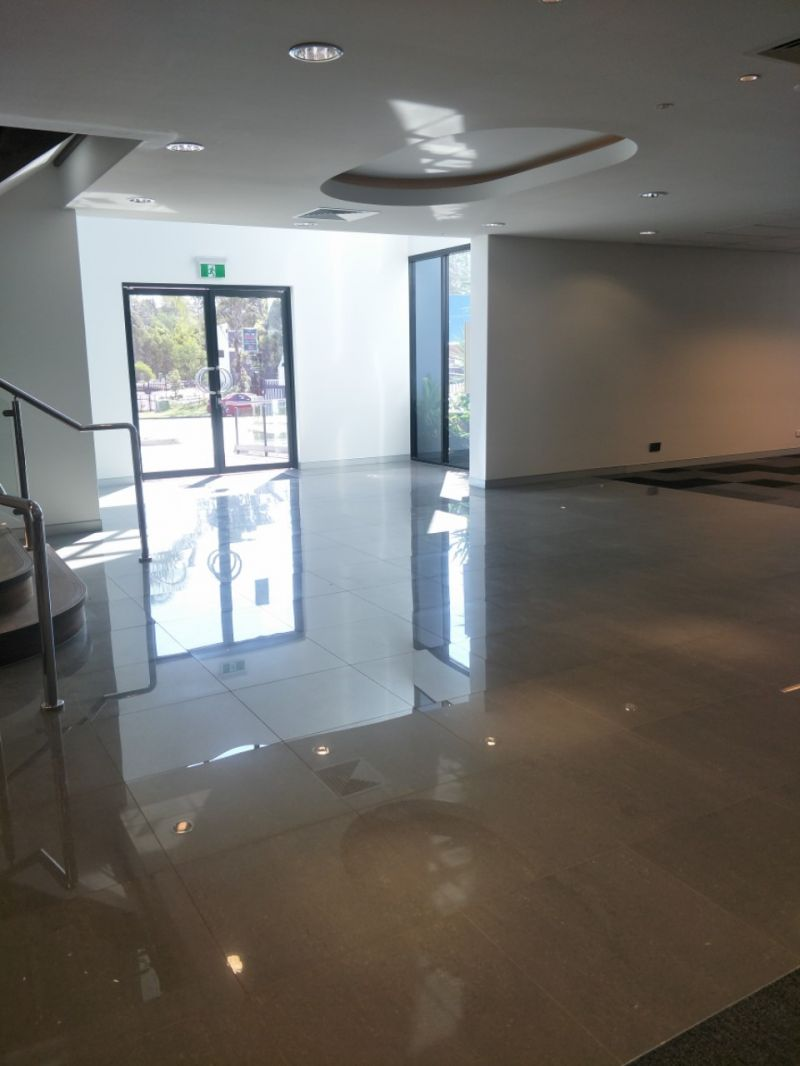 Modern Office - 634m2 Available Now