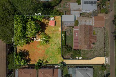 Large Block In Convenient, Leafy Location