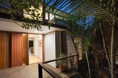Stunning Contemporary Burleigh Heads Duplex