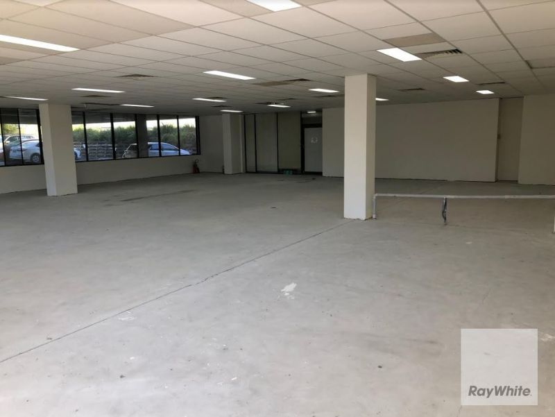 High Exposure Office/Medical Suite Available for Lease