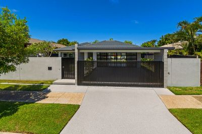 Ultra-Modern Luxe That Must be Seen to be Believed!