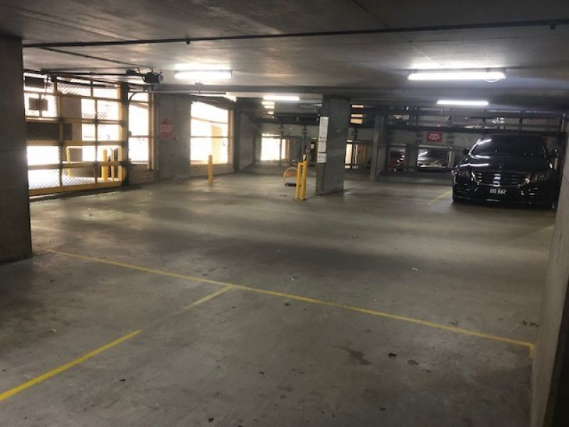 Prime CBD Carspace for Lease