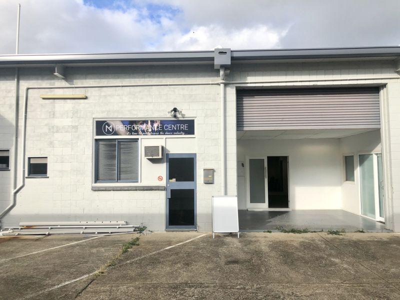 MIXED USE FACILITY IN HERSTON - OFFICE / WAREHOUSE OPTIONS