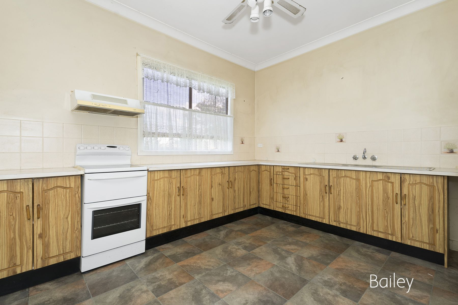 17-19 Dunolly Road, Singleton