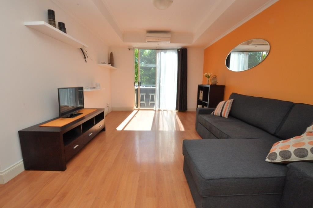 The Boulevard: 1st Floor - Spacious, Modern and Furnished One Bedroom Apartment!