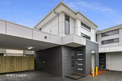 Feature Packed Brand New Townhouse With Loads Of Extras