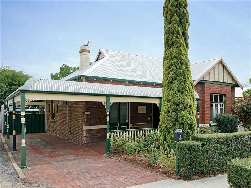 7 John  Street Mount Lawley 6050