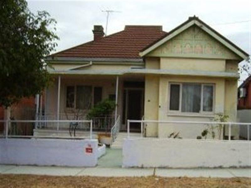 76 Chelmsford  Road Mount Lawley 6050