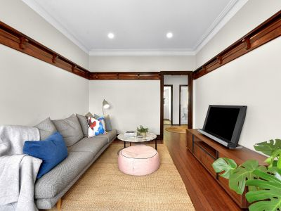 Beautiful, Great Value  Art Deco Apartment in heart of New Farm