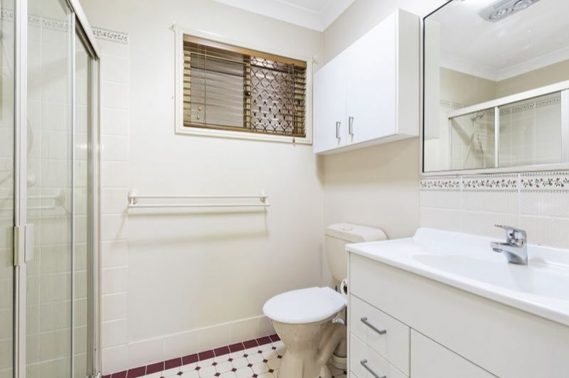 For Sale By Owner: 9 Kalmia Drive, Redland Bay, QLD 4165
