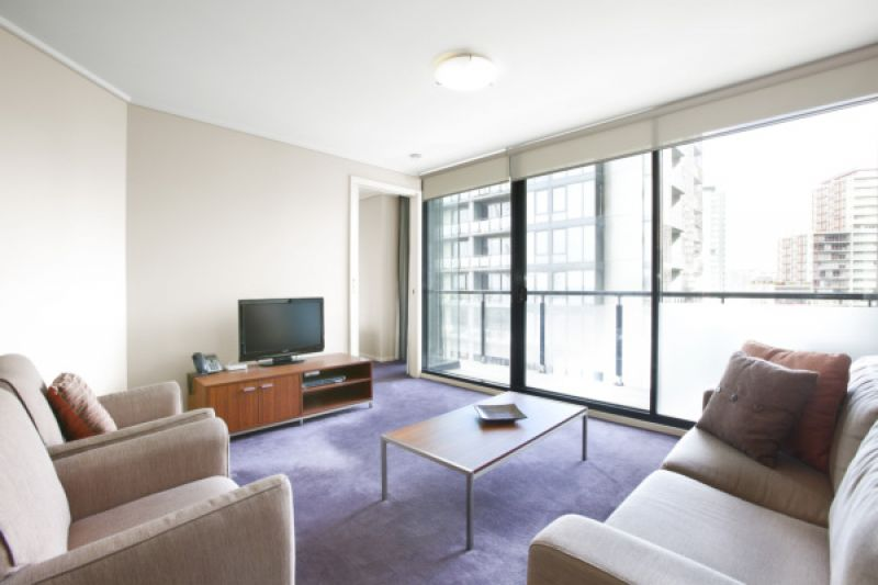 Victoria Tower: 9th Floor - Living A Modern Lifestyle!