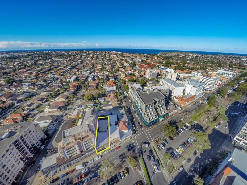 Commercial Office Space in Maroubra Shopping Precinct