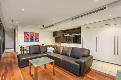 Sensational Yarra's Edge Apartment