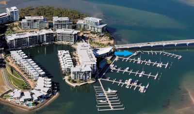 Desired Position In Ephraim Island Marina  Must Be Sold!