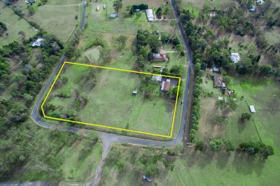 Outstanding Location – Grand Opportunity on 5.07 Acres