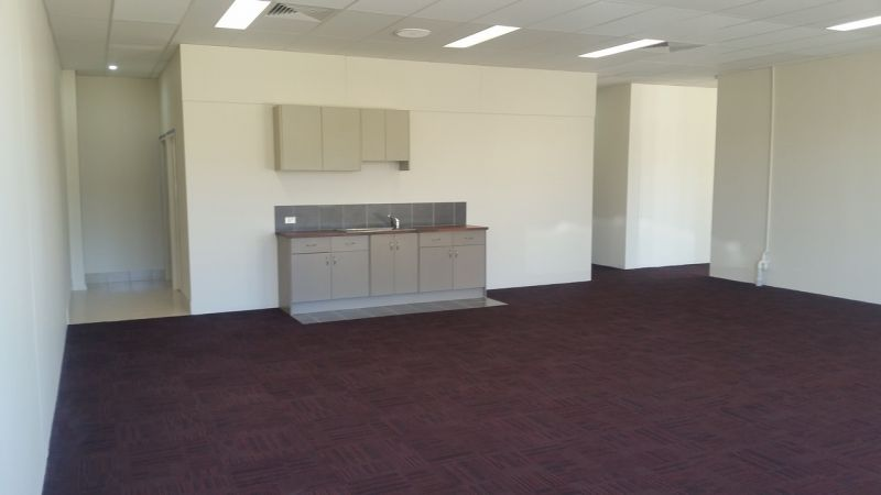 Great Value Office in Cockburn Central