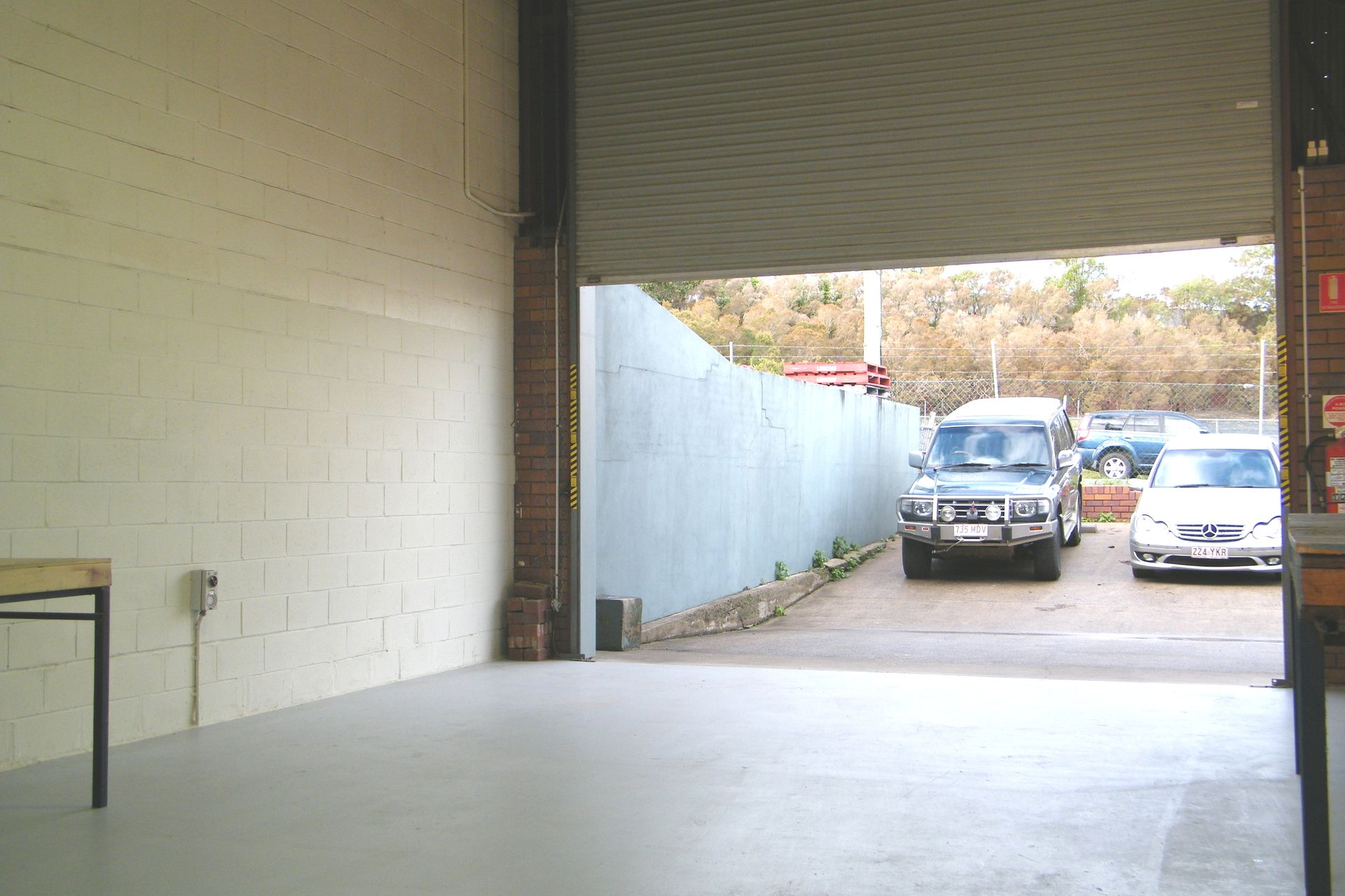 WELL PRICED SMALL INDUSTRIAL WAREHOUSE