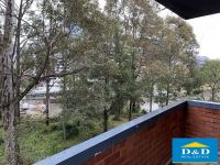 Cosy 2 Bedroom Unit. Freshly Painted Throughout. Private Waterfront Location. Overlooking Nature Reserve. 5 Minute Walk To CBD