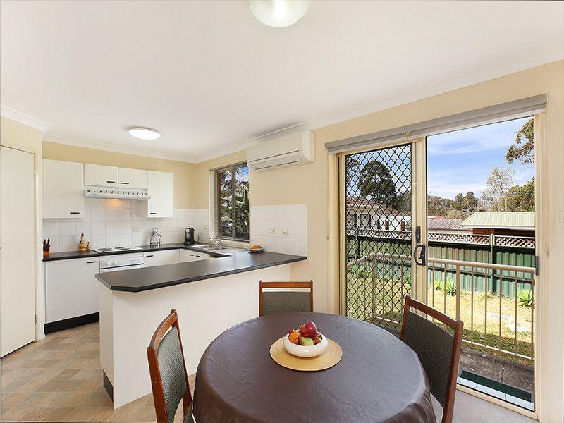 1/22 Dameeli Avenue, Kirrawee NSW 2232