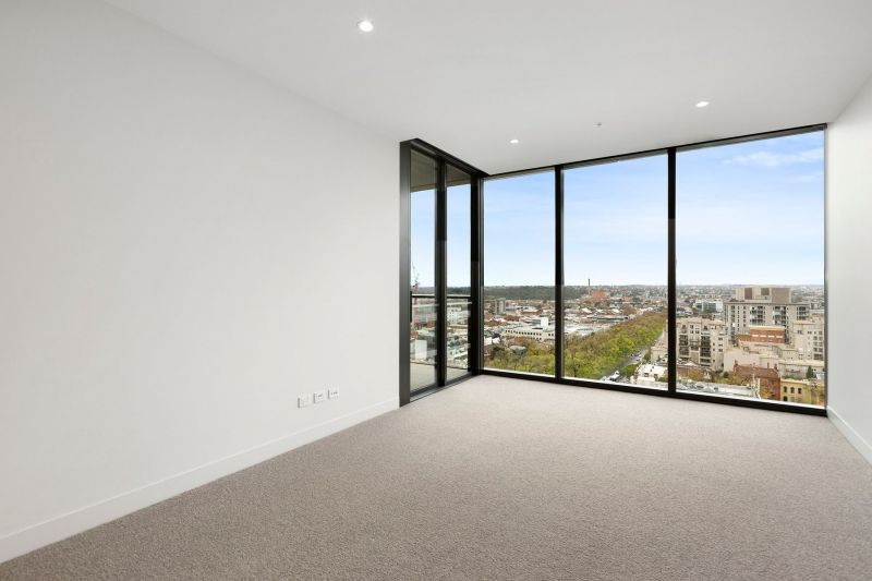 The Eastbourne - 1 Bedroom Apartment Plus Study – Spectacular Views
