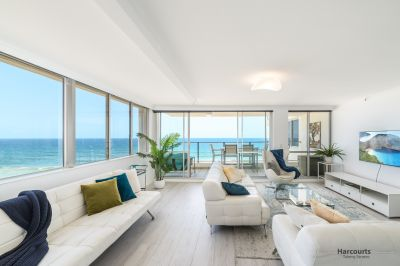 Luxurious Absolute Beachfront 3 bedroom