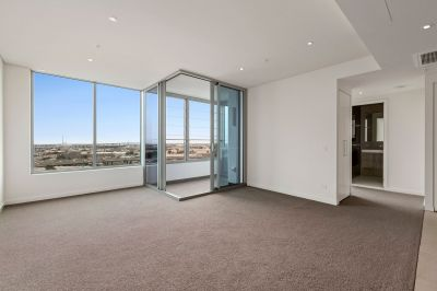 1 Bedroom with bay views