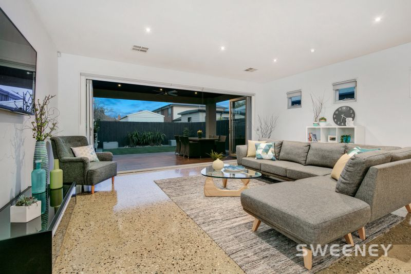 Immaculate Home with Low Maintenance Ease!