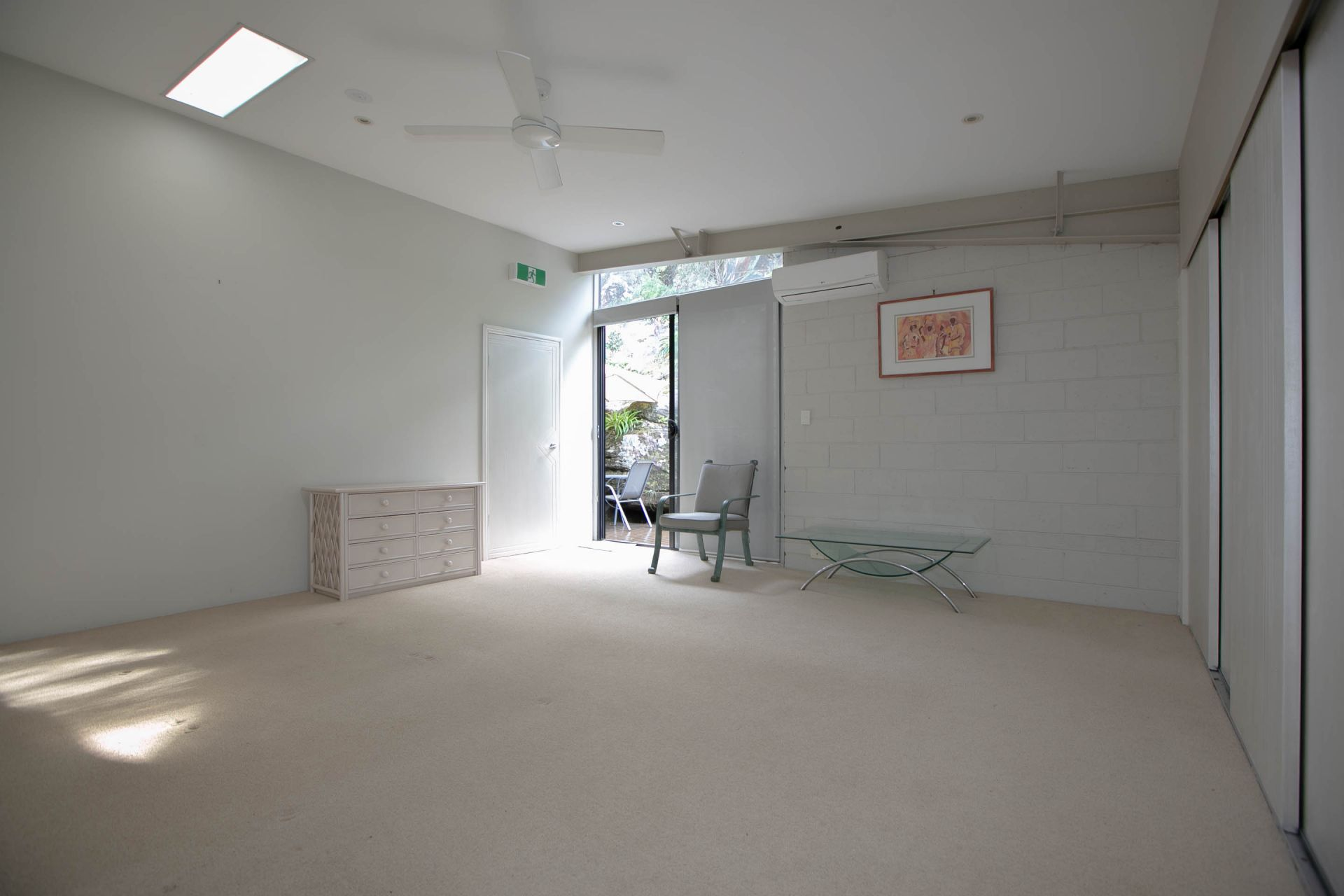 FOR LEASE 250M2 OFFICE HUB OR STUDIO IN THE HEART OF CROMER