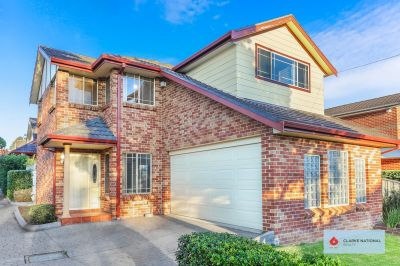 FREE STANDING TOWNHOUSE - WALK TO REVESBY STATION
