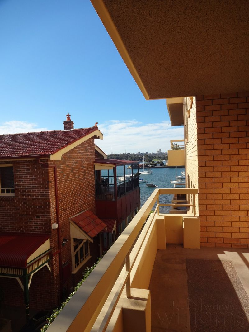 WATERFRONT UNIT WITH SUNNY ASPECT