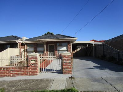 Immaculately Presented Home