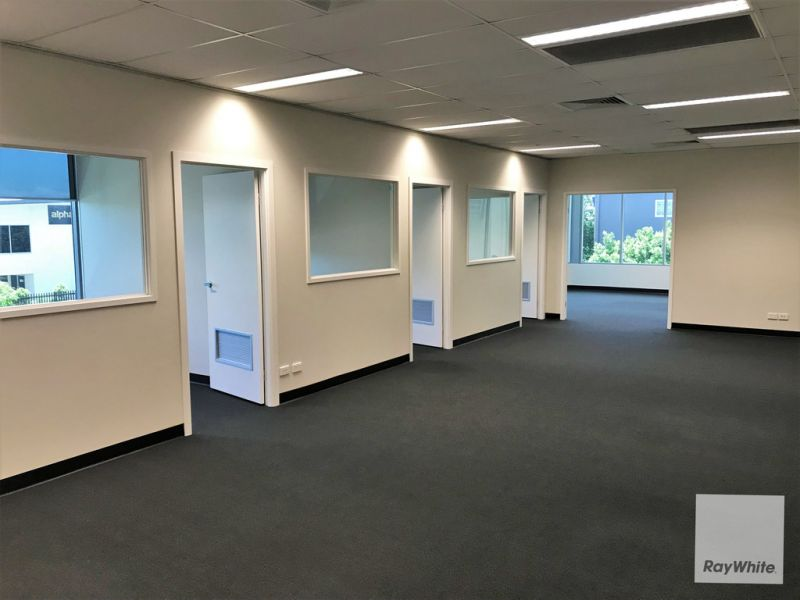 Professional Office Space in Prime North Lakes Location