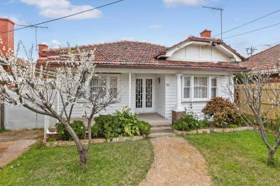 Spacious & Refurbished 2 Bedroom Home Ideally Located Close To All Amenities