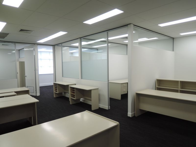 QUALITY STAND ALONE OFFICE BUILDING CENTRALLY LOCATED IN BURSWOOD