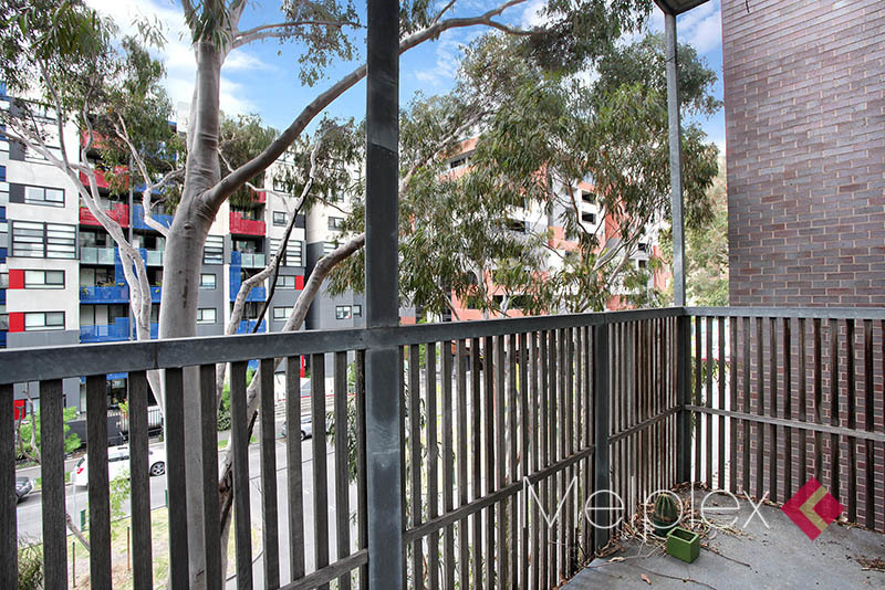 A RARE OPPORTUNITY! WITH HIGH YIELD AND BRIGHT CORNER BALCONY IN THE ACADEMIC ZONE