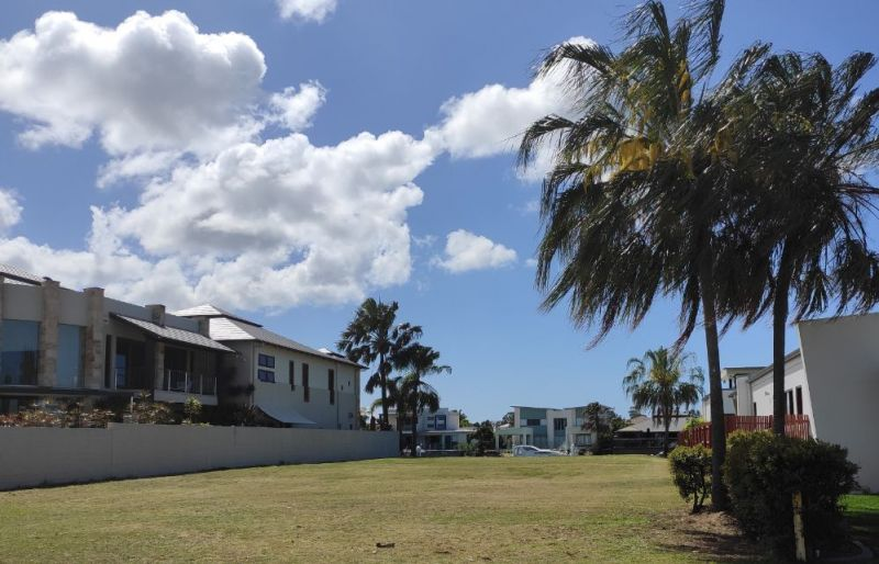 For Sale By Owner: 46 North Point, Banksia Beach, QLD 4507