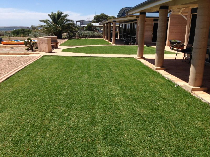 BAIRD BAY ECO TOURISIM BUSINESS – SELLING FREEHOLD WITH ABSOLUTE BEACHFRONT