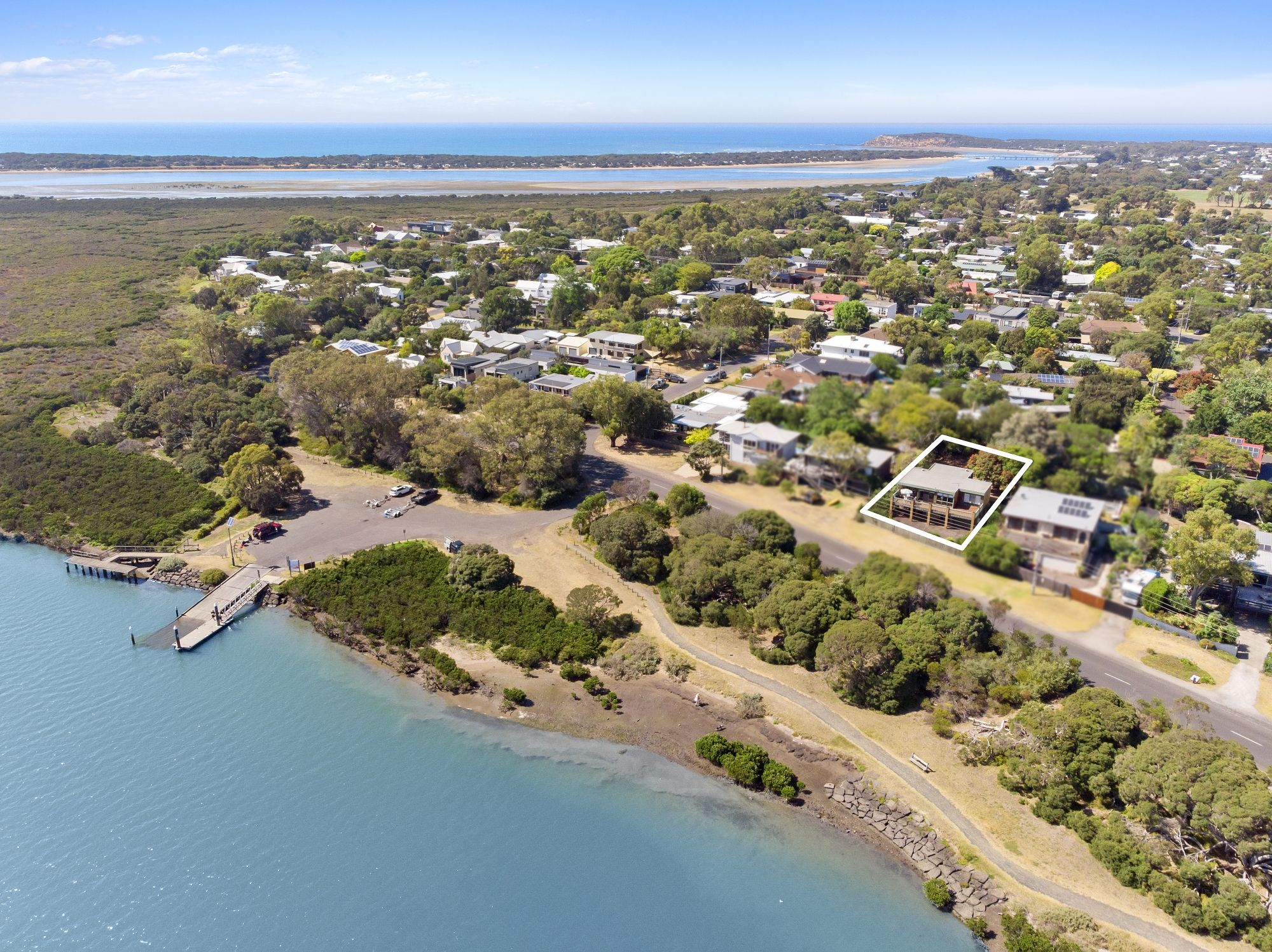 8 River Parade, Barwon Heads VIC 3227