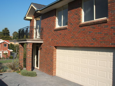 Executive Townhouse with 4 bedrooms plus study/office