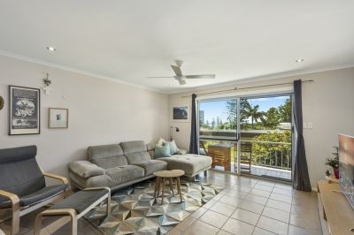 Beachside Burleigh Heads apartment