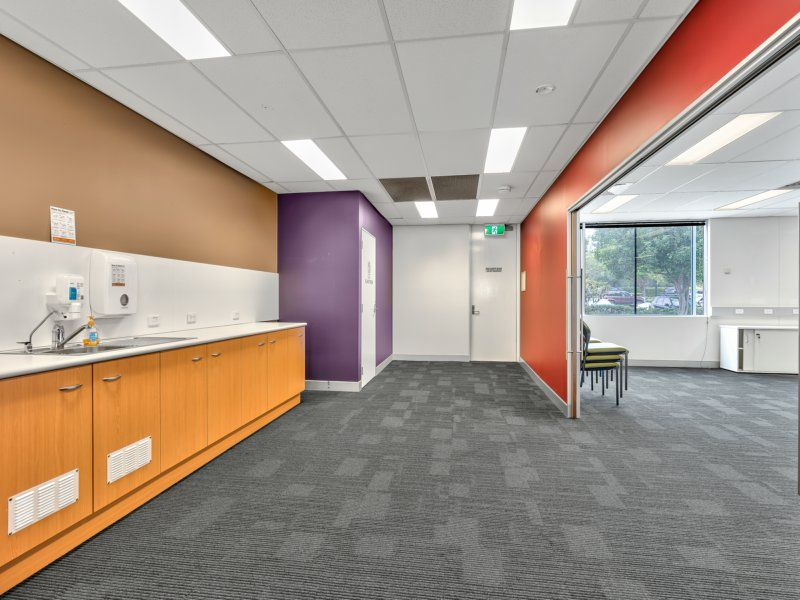 250 – 735sqm Premium Quality Office. Multiple Configurations. Up To 17 Car Spaces Onsite