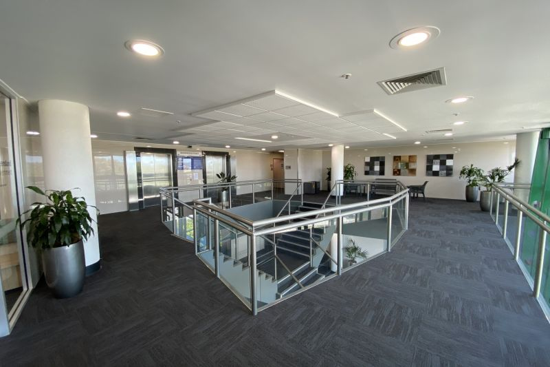 282M2 - Prime 5* Office Exceptionally Presented As New