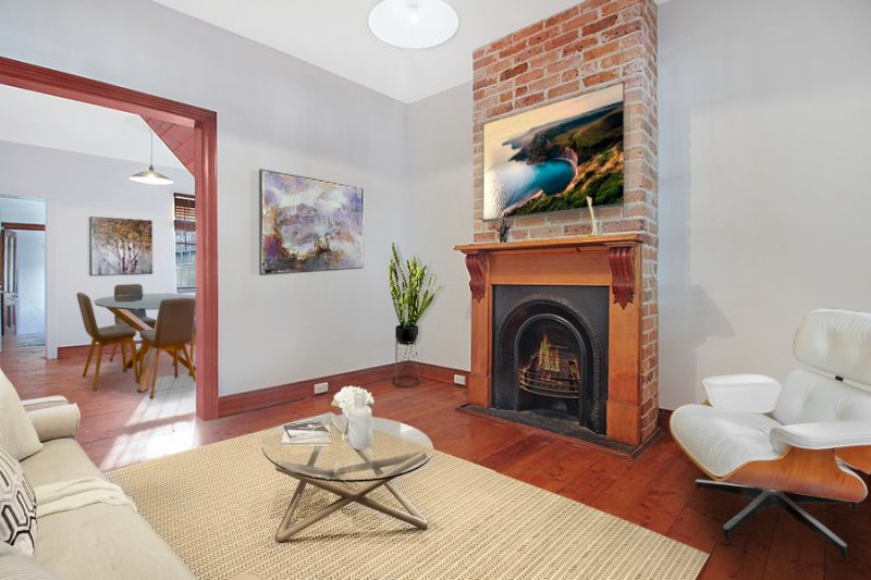 Easy City Fringe Living In Spacious Dual Level Terrace-Pet-Friendly Terrace