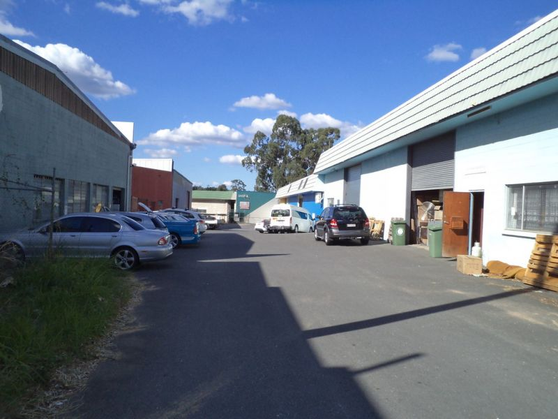 Kingston Road Access - 725m2* incl Offices